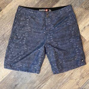 Quicksilver shorts/bathing suit